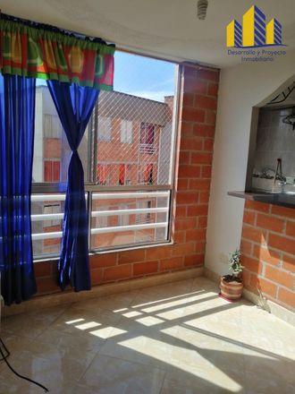 Rent this 2 bed apartment on edificio in Carrera 95C, Comuna 7 - Robledo