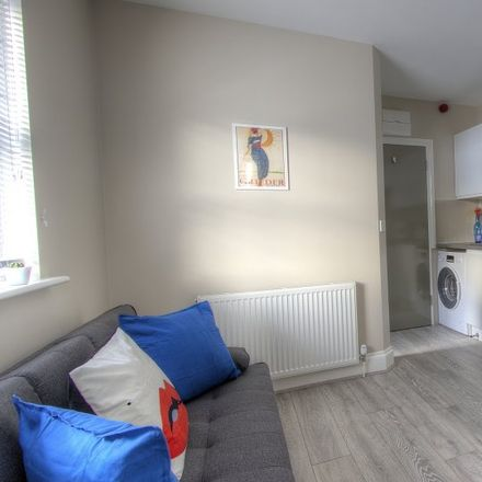Rent this 1 bed apartment on 3 Bedroom Apartment #BL1Rating: in Blenheim Gardens, London NW2 4NR