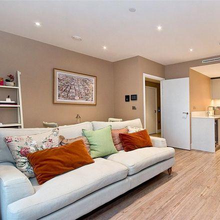 Rent this 1 bed apartment on Aldgate Place in 7 Leman Street, London E1 8EN