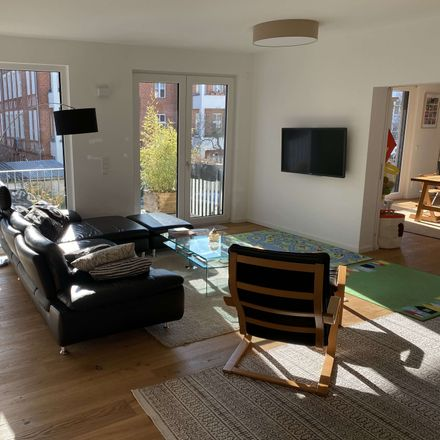 Rent this 6 bed apartment on 10318