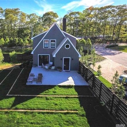 Rent this 3 bed house on 2200 Wickham Avenue in Mattituck, NY 11952