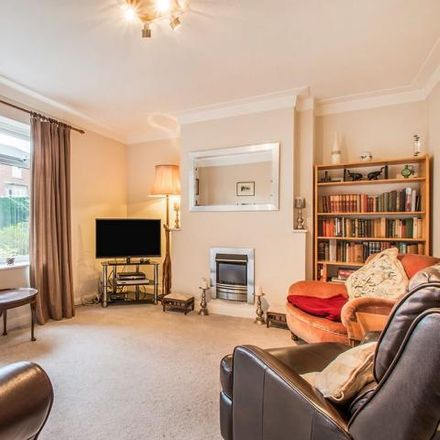 Rent this 6 bed house on Street Lane in Gildersome LS27 7WP, United Kingdom