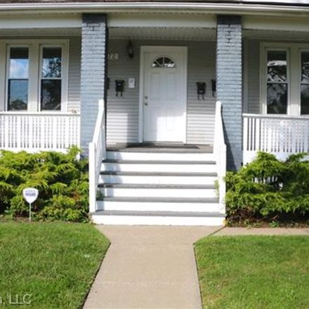 Rent this 2 bed house on Wayburn St in Grosse Pointe, MI