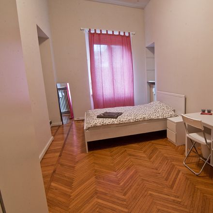 Rent this 3 bed room on Via Vittore Ghislandi in 21, 24125 Bergamo BG