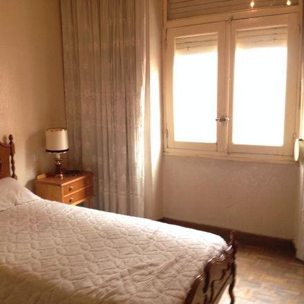 Rent this 3 bed room on Calle Juan de Badajoz in 24001 León, Spain