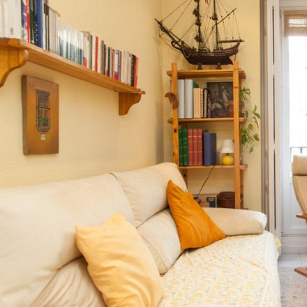Rent this 1 bed apartment on Farmacia - Calle Galileo 29 in Calle de Galileo, 29