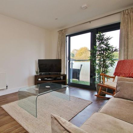 Rent this 1 bed apartment on Red Lion Road in London KT6 7QT, United Kingdom