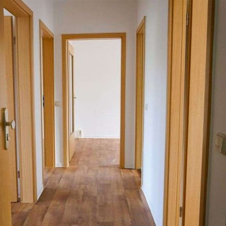Rent this 3 bed apartment on Fermersleber Weg 38 in 39112 Magdeburg, Germany
