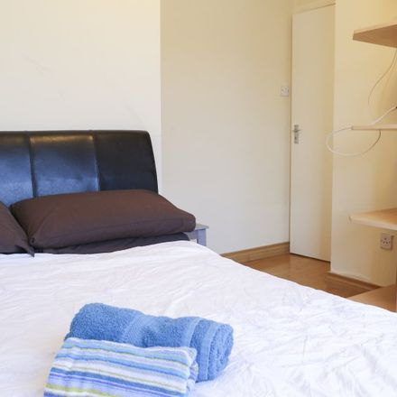 Rent this 5 bed apartment on 9 Glendown Avenue in Templeogue, Dublin 6W