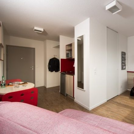 Rent this 0 bed room on 49 Avenue Maginot in 01000 Bourg-en-Bresse, France