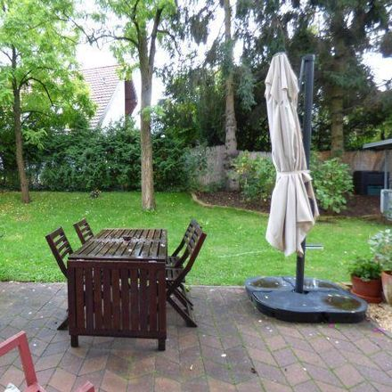 Rent this 5 bed townhouse on Platz der US-Berlin-Brigade in 14167 Berlin, Germany