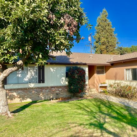 Rent this 3 bed house on 636 Fairhaven Avenue in Porterville, CA 93257