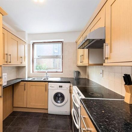 Rent this 2 bed apartment on St Mary Le Park Court in Parkgate Road, London SW11 4NA