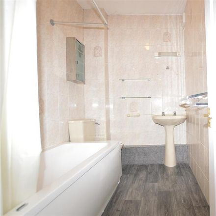 Rent this 2 bed apartment on The Stray in Bradford BD10 8TL, United Kingdom