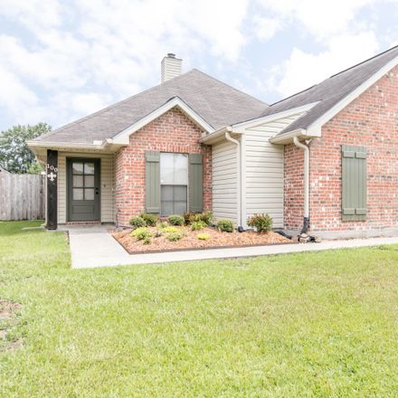 Rent this 3 bed house on 100 Harvest Pointe Cir in Scott, LA 70583