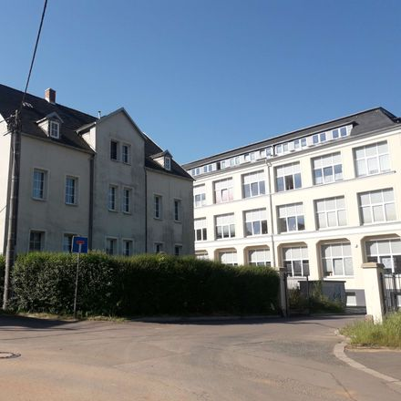 Rent this 2 bed apartment on Strumpfgasse 4 in 09353 Oberlungwitz, Germany