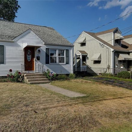 Rent this 4 bed apartment on 94 Martin Street in Pawtucket, RI 02861