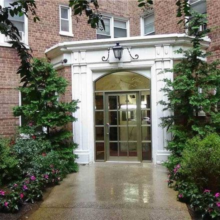 Rent this 2 bed condo on 81 113th St in Forest Hills, NY