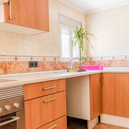 Rent this 1 bed apartment on 108 Lluís Peixó in Carrer de Lluís Peixó, 46000 Valencia