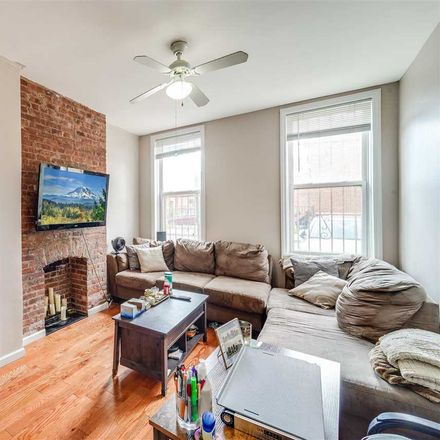 Rent this 1 bed condo on Wayne St in Jersey City, NJ