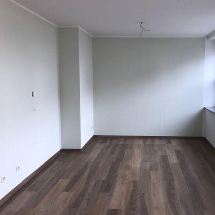 Rent this 5 bed apartment on Volkshaus in Rudolf-Breitscheid-Straße, 01587 Riesa