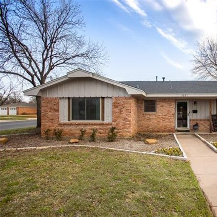 Rent this 3 bed house on 3301 Edgemont Drive in Abilene, TX 79605