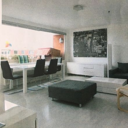 Rent this 3 bed apartment on Hauptstraße 21 in 22869 Schenefeld, Germany