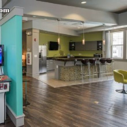 Rent this 2 bed apartment on 25 Canterbury Square in Alexandria, VA 22304
