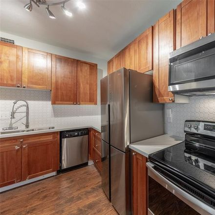Rent this 1 bed condo on 10811 Richmond Avenue in Houston, TX 77042