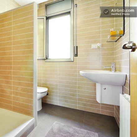 Rent this 4 bed room on Carrer de Washington in 2, 08921 Santa Coloma de Gramenet