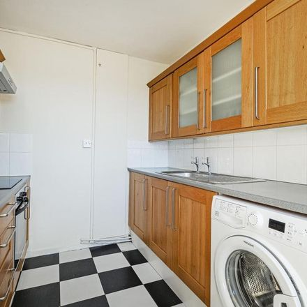 Rent this 2 bed apartment on Woodcot House in Ellisfield Drive, London SW15 4DW