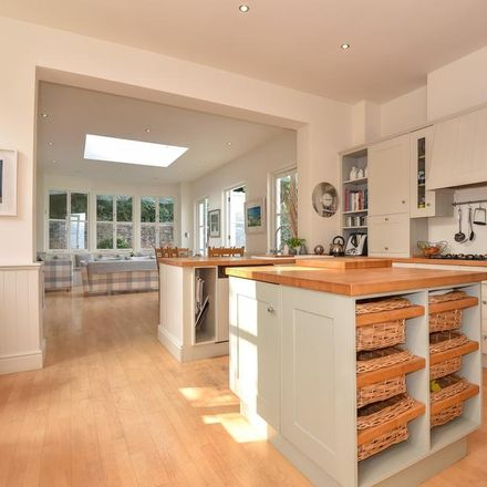 Rent this 8 bed house on Church Gate in Cookham SL6 9SP, United Kingdom