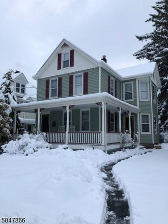 Rent this 4 bed house on Leary Ave in Bloomingdale, NJ