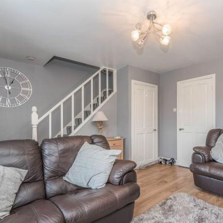 Rent this 3 bed house on Greenwood Mount in Wrose BD2 1JG, United Kingdom