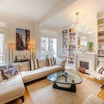 Rent this 3 bed apartment on Il Russo in Rue Bouchut, 75015 Paris