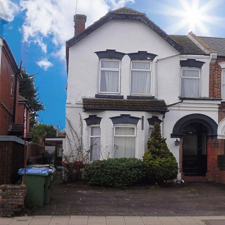 Rent this 9 bed house on 99 Portswood Road in Southampton SO17 2PY, United Kingdom