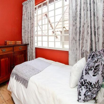 Rent this 3 bed townhouse on Drysdale Manor in Johannesburg Ward 114, Randburg