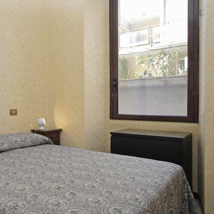 Rent this 3 bed room on Shabby in Via Pietro Manzi, 1