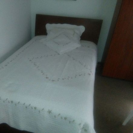 Rent this 2 bed room on Cl. 48 in Bogotá, Colombia