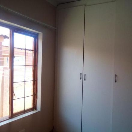 Rent this 3 bed house on unnamed road in Heatherdale, Pretoria