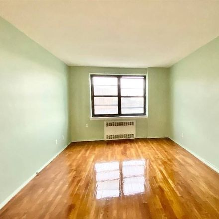 Rent this 1 bed condo on 28th Rd in Flushing, NY