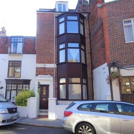 Rent this 5 bed room on The Barley Mow in 39 Castle Road, Portsmouth PO5 3DE