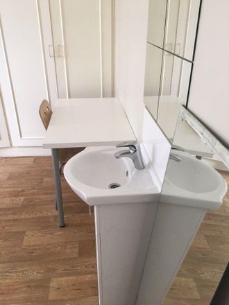 Rent this 0 bed room on Dallas Road in London NW4 3JD, United Kingdom