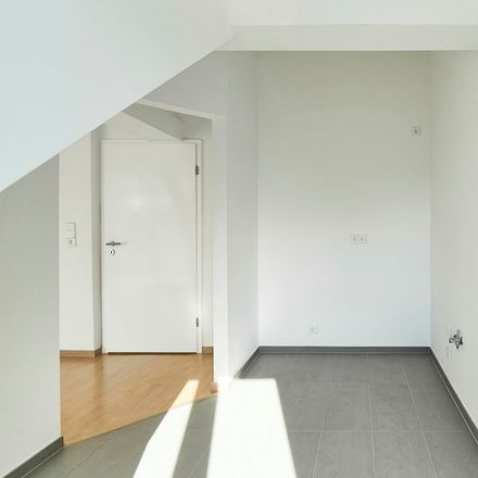 Rent this 2 bed apartment on Aroser Allee 109A in 13407 Berlin, Germany