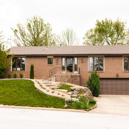 Rent this 4 bed house on 2151 East Rosebrier Place in Springfield, MO 65804