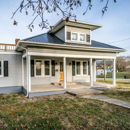 Rent this 3 bed house on 8th St in Shenandoah, VA