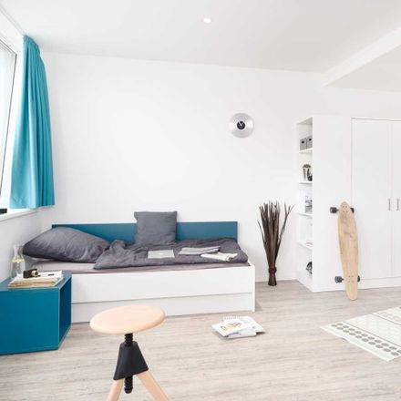 Rent this 1 bed apartment on Olof-Palme-Straße 31 in 60439 Frankfurt, Germany