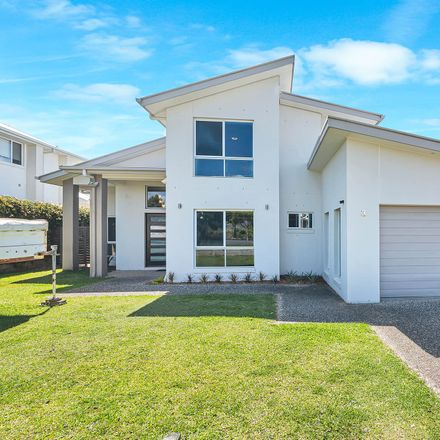 Rent this 5 bed house on 3 Westcott Way