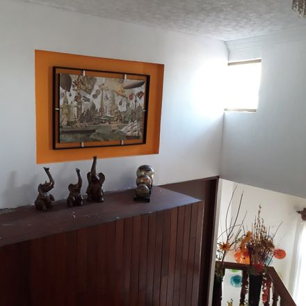 Rent this 3 bed room on Calle Comerciantes 5378 in Arcos de Guadalupe, 45030 Zapopan