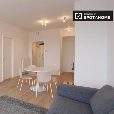 Rent this 1 bed apartment on Rue de Toulouse - Toulousestraat 43 in 1000 Ville de Bruxelles - Stad Brussel, Belgium